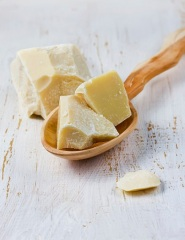cocoa-butter-causes-acne-pimples.jpg